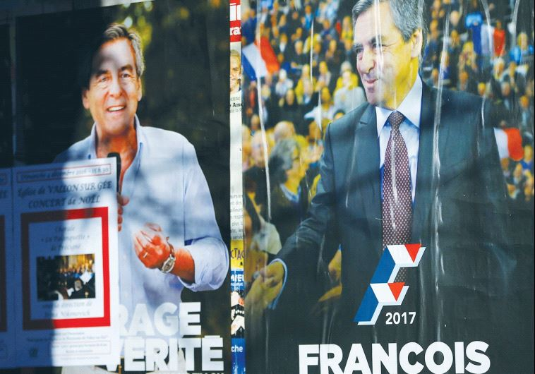 CAMPAIGN POSTERS of François Fillon.