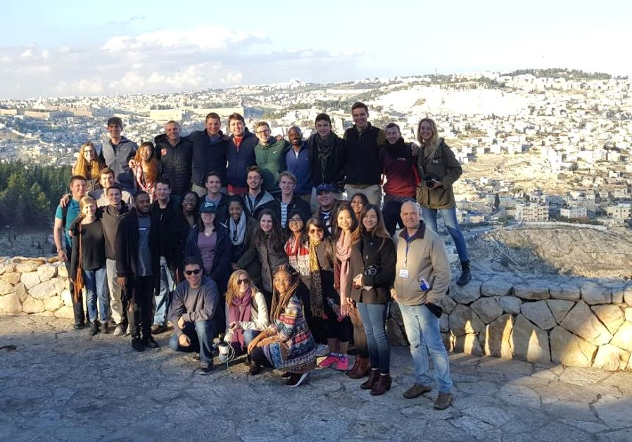 Participants in JNF-USA's Caravan for Democracy Student Mission