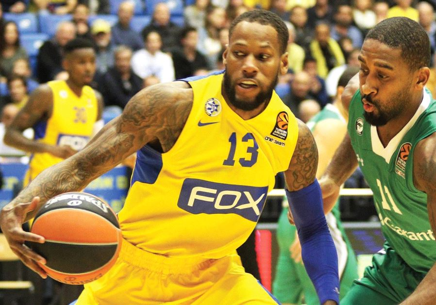 Maccabi Tel Aviv forward Sonny Weems (left) had 24 points in last night's 93-92 victory over Darussa