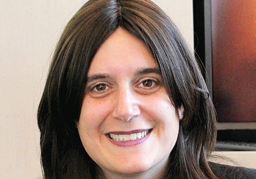DR. MORIAH ELLEN