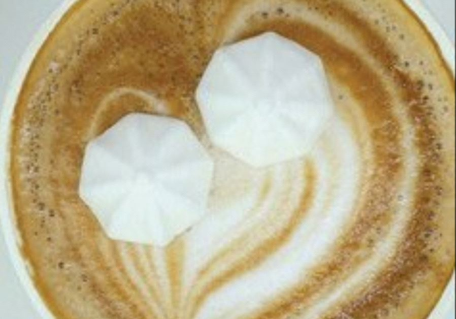 THE NEW vegan meringue sweetener.