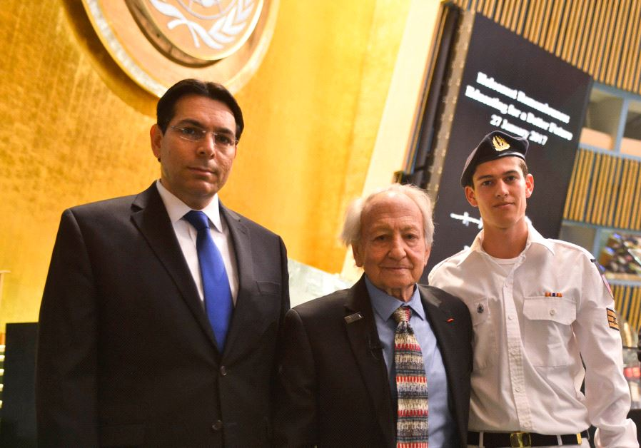 Noah Klieger in the UN General Assembly Hall with his grandson Yuval and Ambassador Danon