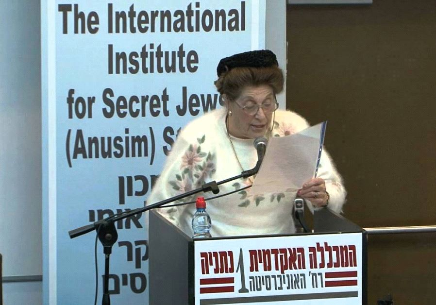GLORIA MOUND addresses the International Institute for Secret Jews (Anusim) Studies during a January