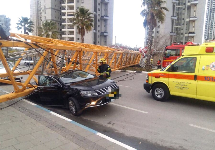 Crane collapse Bat Yam