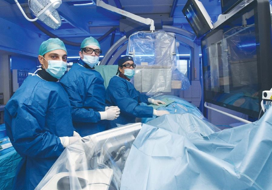 Women doctors in ICUs biased against women patients, Researchers find
