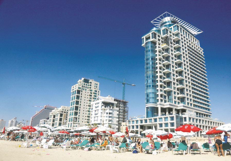 La vue d'une des plages de Tel-Aviv
