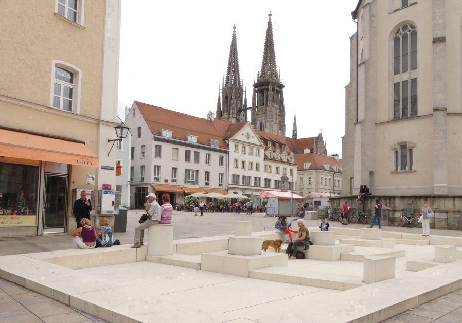 Regensburg's Neupfarrplatz