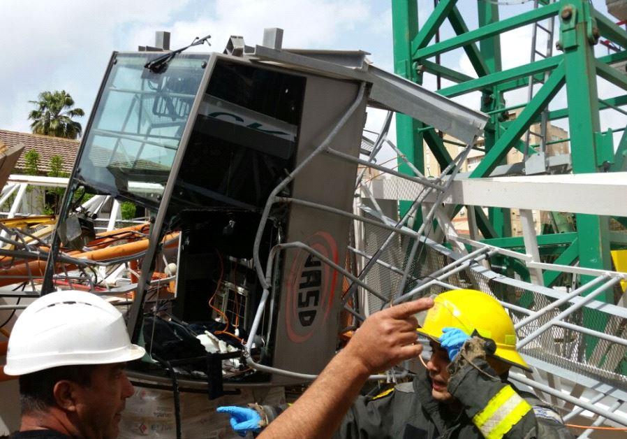 Israel crane collapses