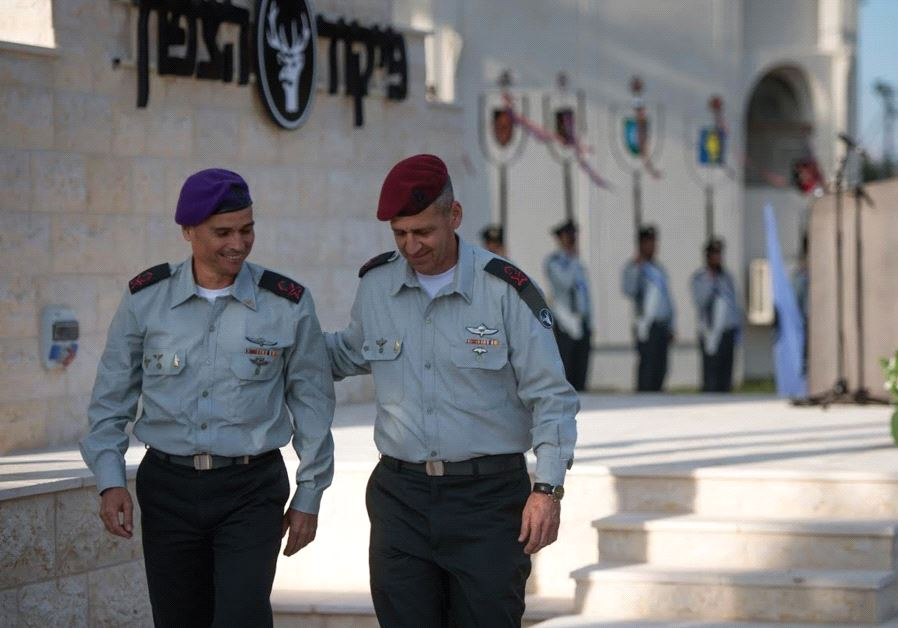 MAJ.-GEN. YOEL STRICK (left) walks with his predecessor at the Northern Command, Maj.-Gen. Aviv Koch
