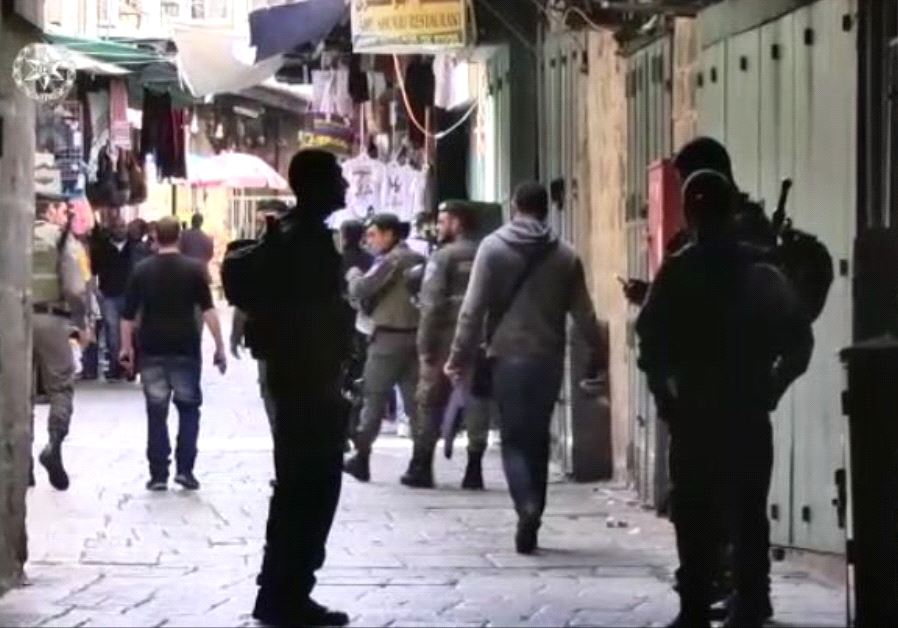 Border Police officers in Jerusalem's Old City