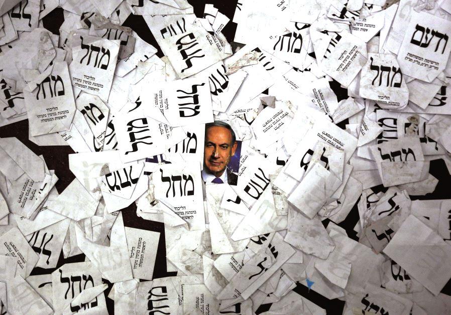 Des bulletins de vote par centaines