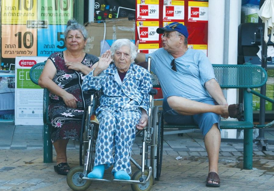 SENIORS ARE SEEN in Sderot. A baby born in Israel today can expect to live 71.7 years in good health