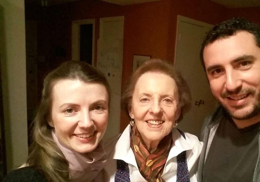 Une descendante de nazis, entourée de son mari israélien et de sa belle-mère