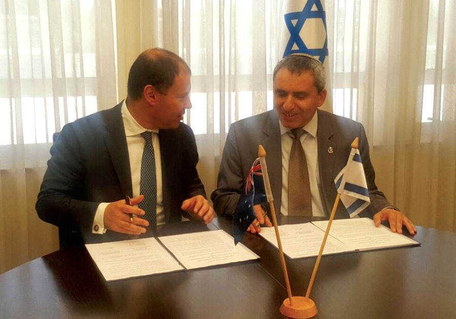 ENVIRONMENTAL PROTECTION MINISTER Ze'ev Elkin (right) and his Australian counterpart, Josh Frydenber