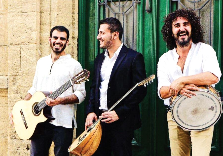 Trio Drumbouki