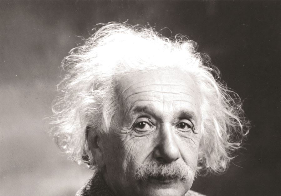 Albert Einstein en 1947 (photo credit: WIKIPEDIA)