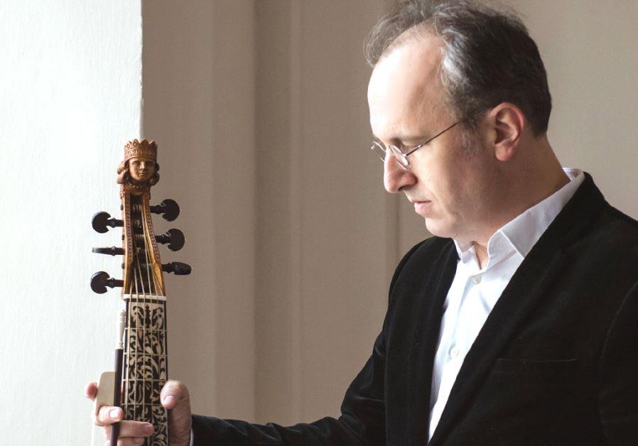 SOLOIST PETER WAGNER of the Ensemble Tourbillon.