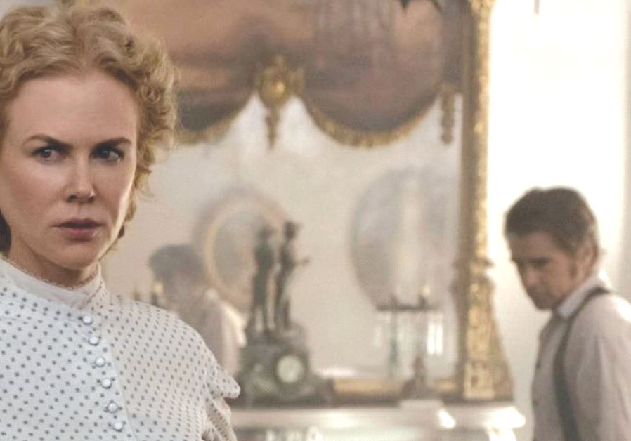 NICOLE KIDMAN and Colin Farrell in 'The Beguiled.'