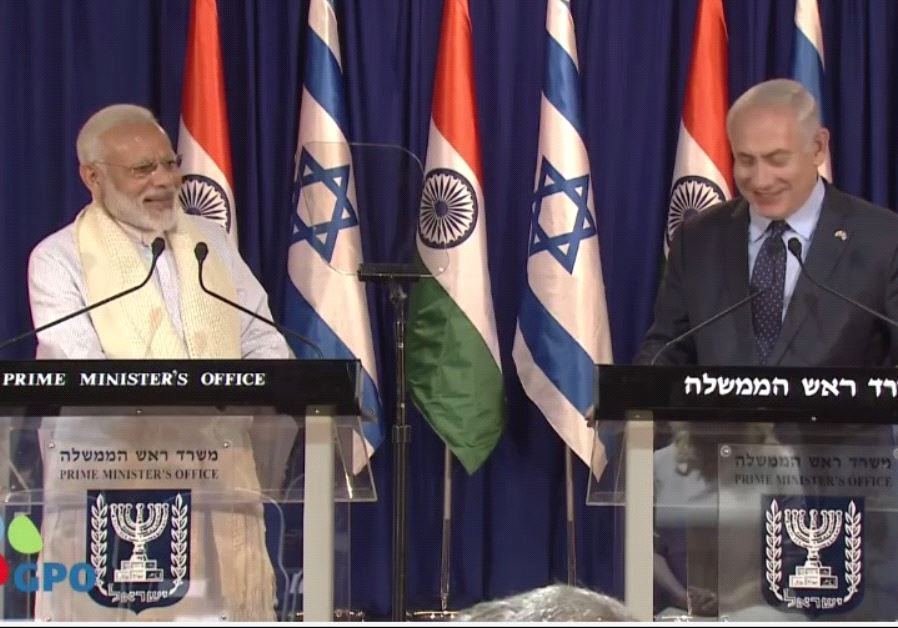 Indian Prime Minister Narendra Modi and Israeli Prime Minister Benjamin Netanyahu at Netanyahu's Jer