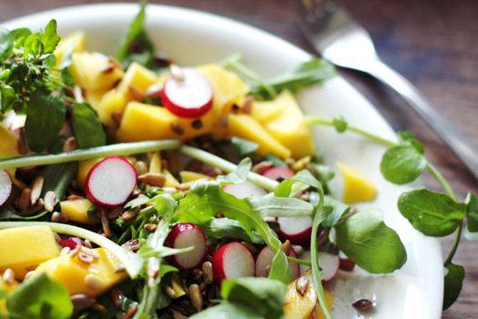 Green Mango Salad (SOURCE: WikimediaCommons/Suzette - www.suzette.nu