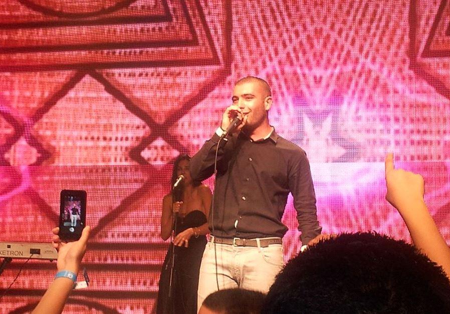 Omer Adam in concert (photo credit: ASHER1984/WIKIMEDIA)