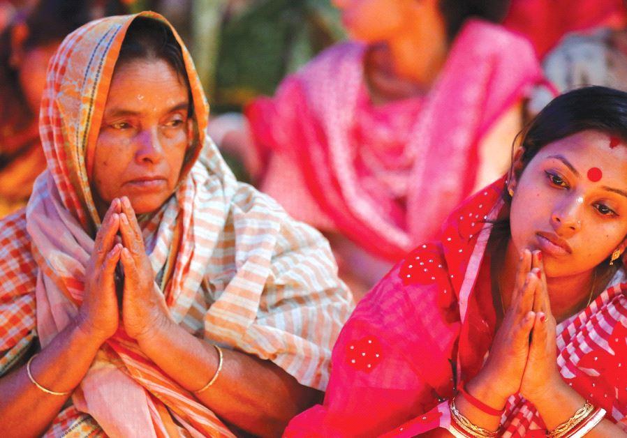 hindu pray bangladesh