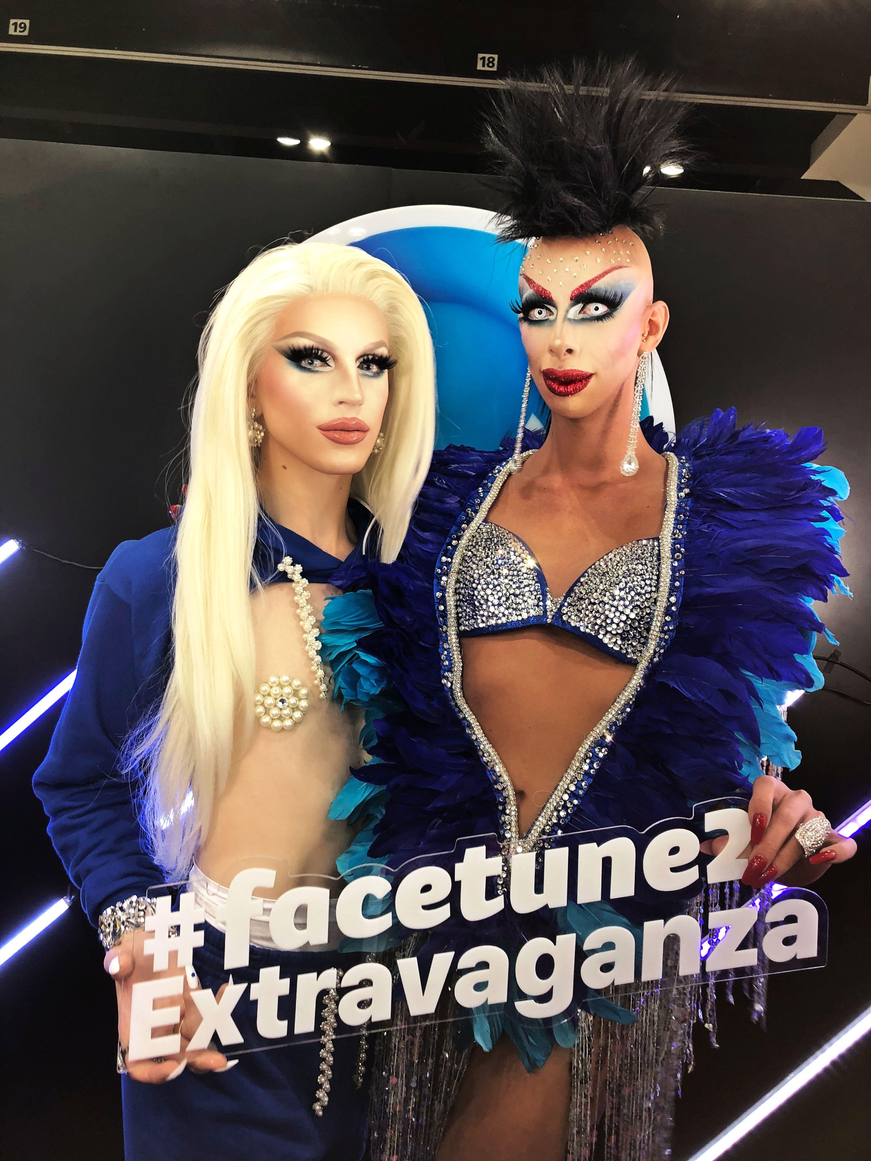 Aquaria with Israeli Drag Queen Aviv Hanoch with FaceTune at RuPaul's DragCon LA 2018 (courtesy Lightricks)