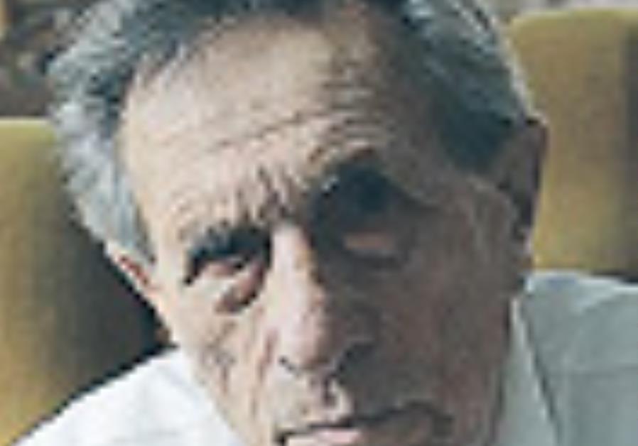 'Counterfeiter' director, writer to visit