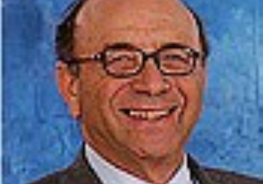 Obituary: Michael Fox dies at 75