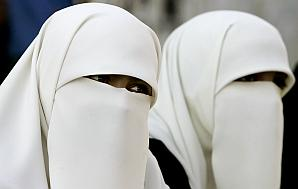 Gaza women warned of immodesty